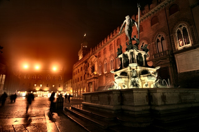 picture of square in Bologna one of the best cities in italy